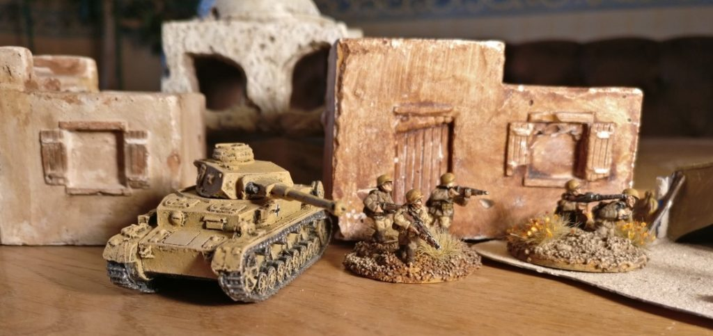 Der Panzer IV Ausf. F2 des DAK Afrikakorps für meine 15mm-PBI-Armee / Poor Bloody Infantry