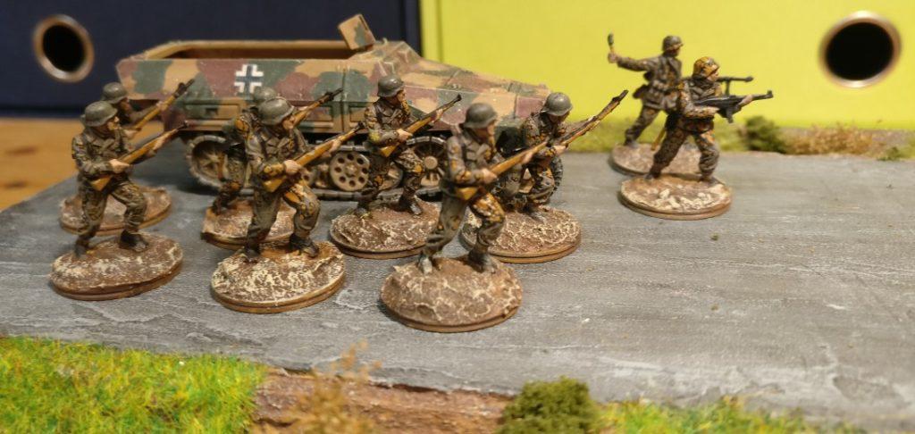 Rekruten des Panzergrenadier-Regiment 125 der 21. Panzerdivision.