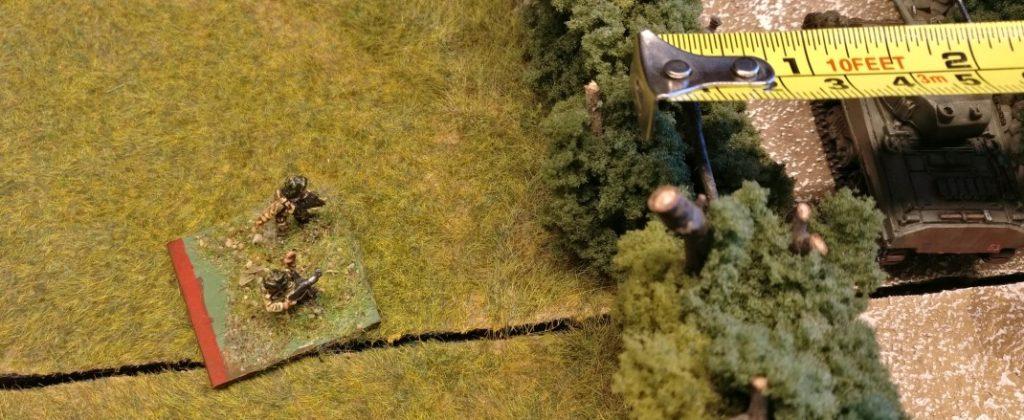Ebenso eindeutig befindet sich der Gefechtsstand des alliierten Spielers außerhalb der 20 Zoll breiten HKL / Hauptkampflinie.