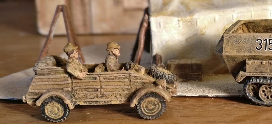 Der VW Typ 82 Kübelwagen des DAK Afrikakorps für meine 15mm-PBI-Armee / Poor Bloody Infantry