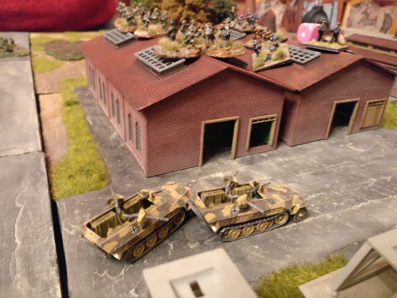 Die deutschen Truppen dringen in das Industrieareal vor.