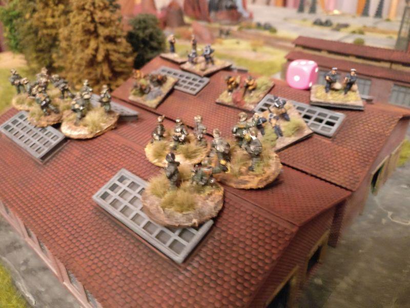 Gefechte in den beiden ersten Montagehallen.