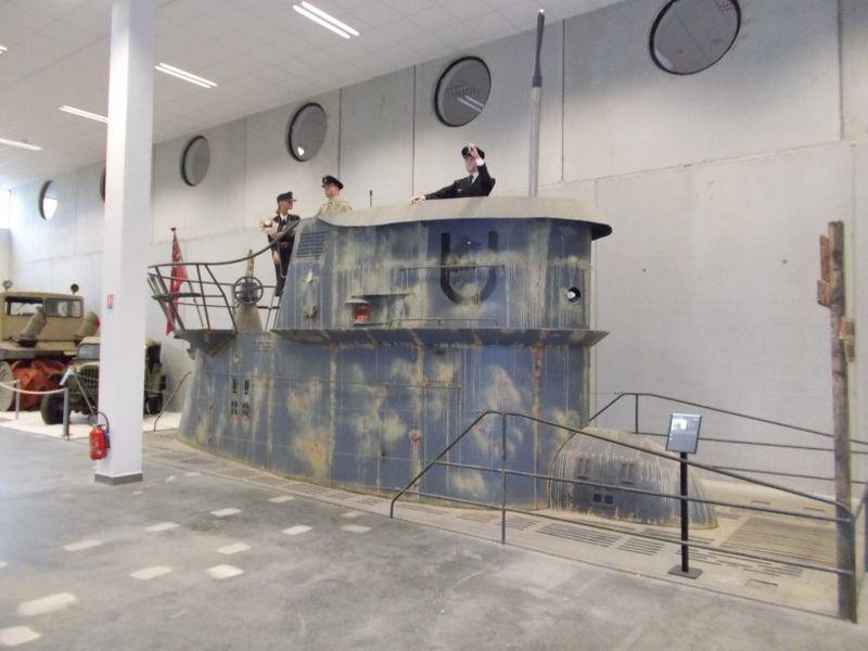 Rekonstruierter U-Boot-Turm. Foto aus dem MM Park-France La Wantzenau.