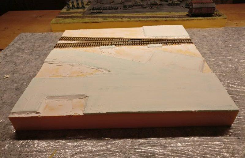 Die vollständige 45cm x 45cm Spielplatte, fertig bespachtelt.
