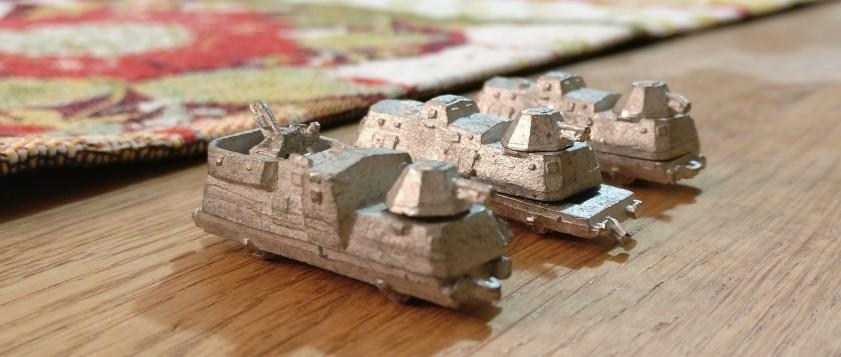 Wieder gepanzerte Wagen mit Geschütztürmen der Panzerzüge von den Heroics & Ros Armored Trains.