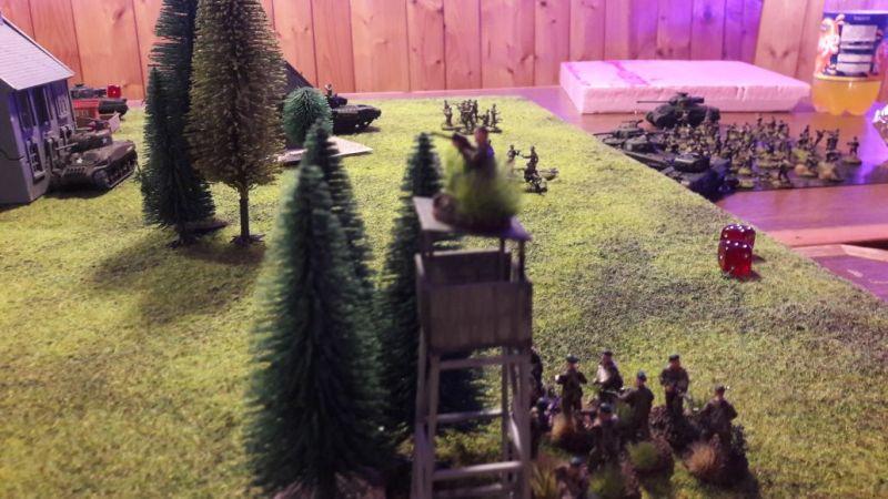 Scharfschützen auf dem Hochsitz! Vorsicht!
