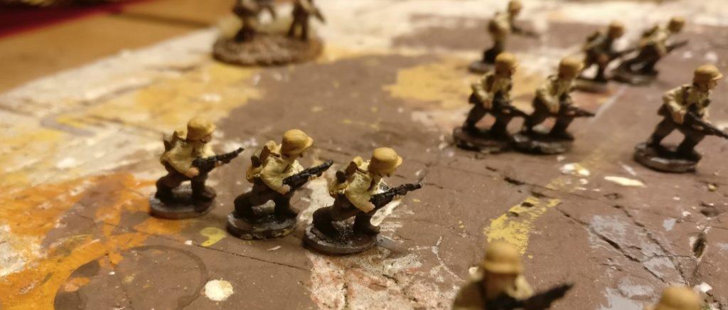 Nach der Bemalung des Gerödels und Riemenwerks kriegen die Brüder langsam Form.