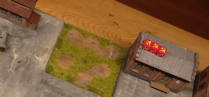 """""""Halle 6"""" ist eine Schlüsselposition mit hohem taktischem Wert. Sie wurde hier mit  drei roten Sichelwürfeln markiert."""