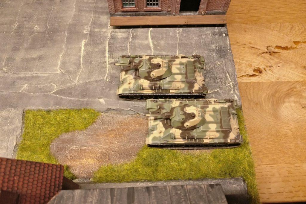 Die beiden T-34/76 halten keine Schlüsselstellung besetzt.