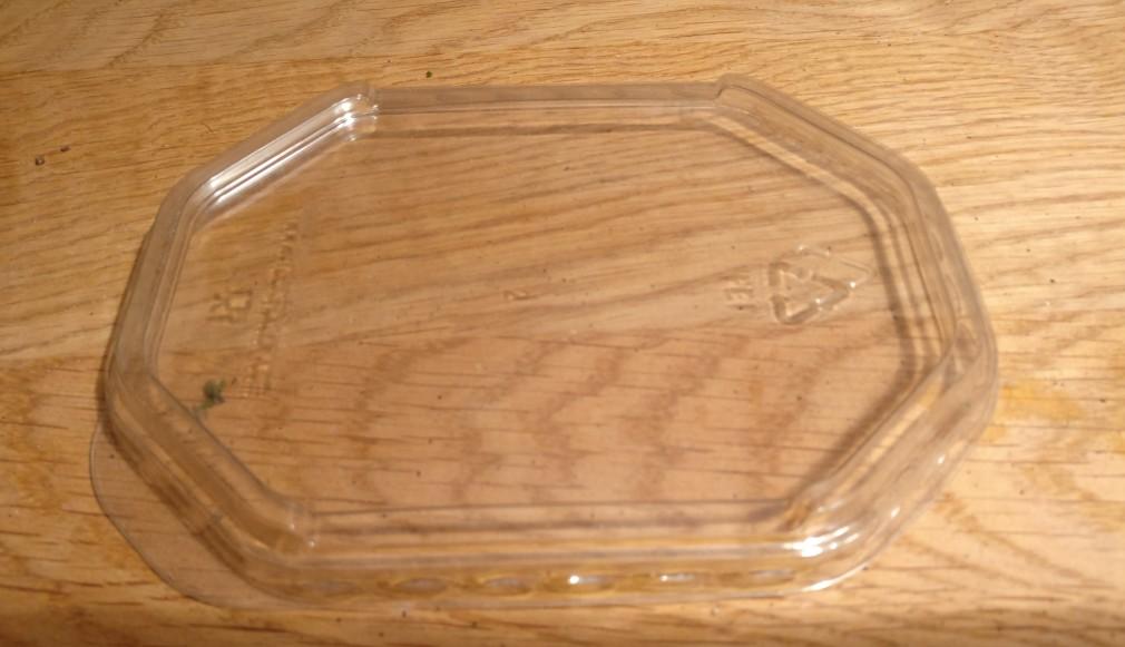 Der Glasscheiben-Rohstoff.