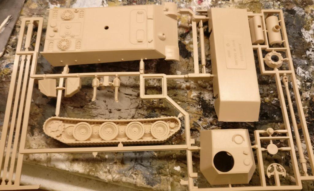 """Das hier ist der Bausatz """"Armourfast Panther Ausf. G"""". Er ist die Grundlage der Basteleien."""