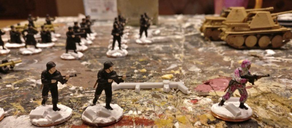 Die 30 Pink Warriors werden auf 2-Cent-Basen gestellt. Ein paar Bruchstücke von Mauern in Form von Gussaststücken aus PSC-Boxen kommen mit drauf.