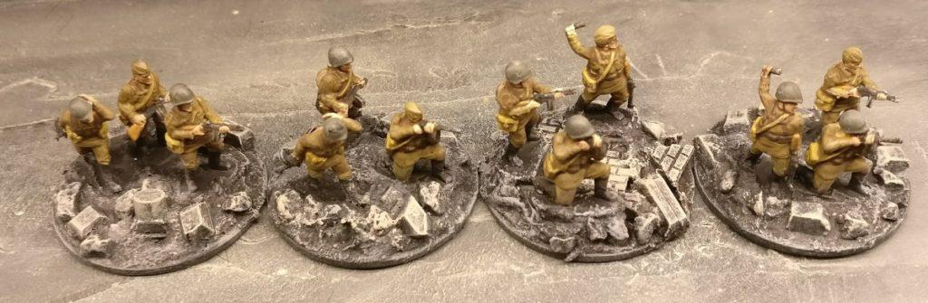 Vier SMG im 1. Zug. Für PBI, aus dem Set Plastic Soldier Russian Infantry in Summer Uniform (WW2015001)