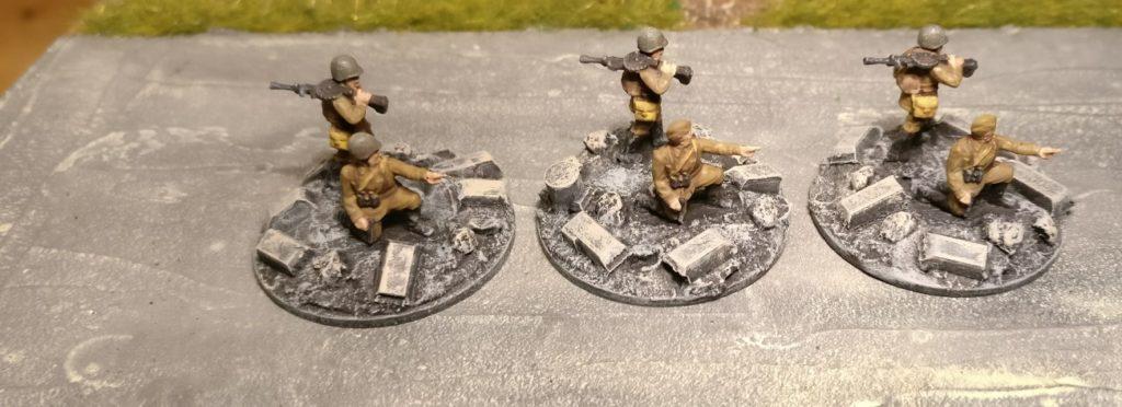 Drei LMG im 2. Zug. Für PBI, aus dem Set Plastic Soldier Russian Infantry in Summer Uniform (WW2015001)