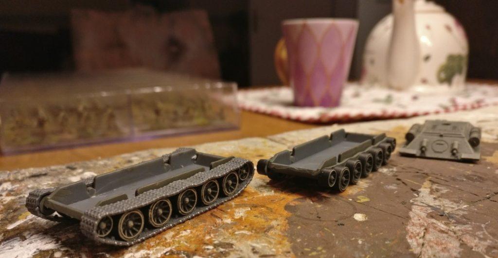 Endmontage der Laufwerke der T-34/76 von Plastic Soldier Company