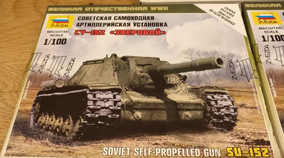 Schon ein fetter Brummer, die SU-152 Soviet Self Propelled Gun von Zvezda (6182)