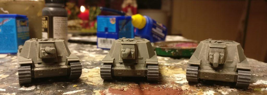 Ready to rumble! Das SU-152 von Zvezda nach der Endmontage.