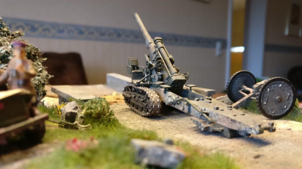"""Meine Lieblingswumme 203-mm-Haubitze M1931 (B-4) als Foto-Diva für das Shooting für Doncolors Regelwerk """"Geile Scheiße oder die Kunst des Krieges"""""""