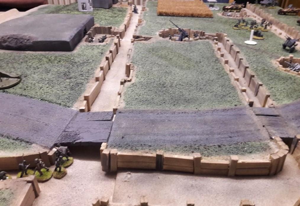 Hier schaut es schon wieder recht aufgeräumt aus auf Florians D-Day-Spielplatte beim Aschaffenburger Behind-Omaha-Gedächtnis-Game