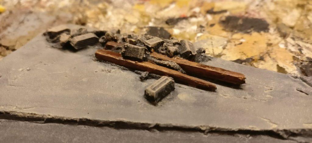 Für die Holzbalken sind nur zwei Farbaufträge nötig.