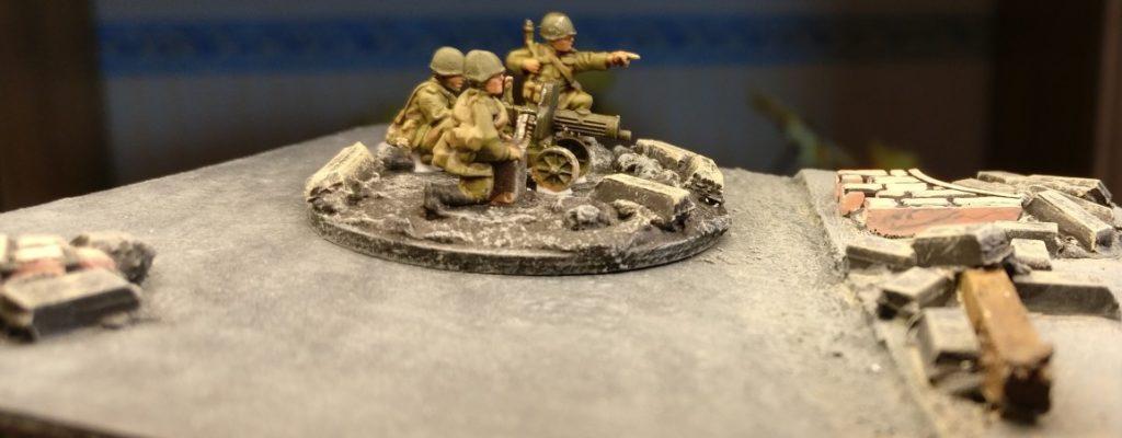 Maxim-MG-Team #2 der 10. NKWD Division von der Seite