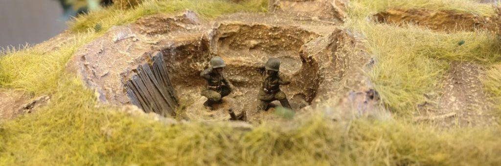 Zwei Bediener für die neue Schützen-Division. Splitter & Granaten für die Steppe