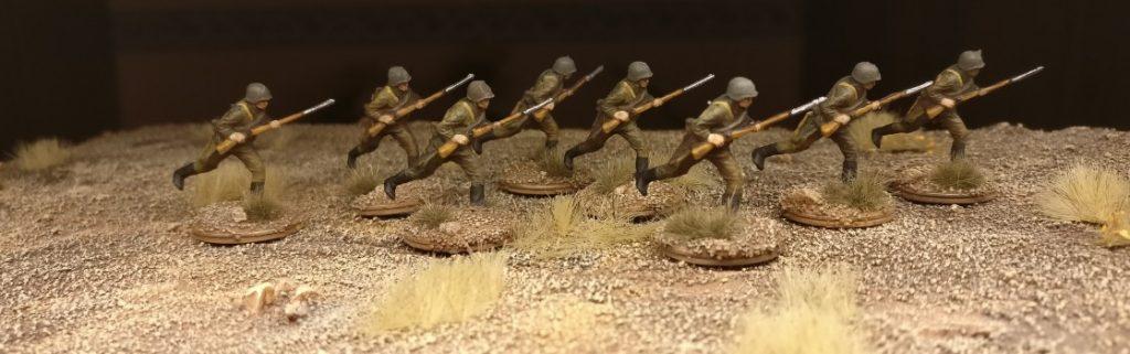 Die 30. Schützendivision der russischen 9. Armee  im Sturmangriff
