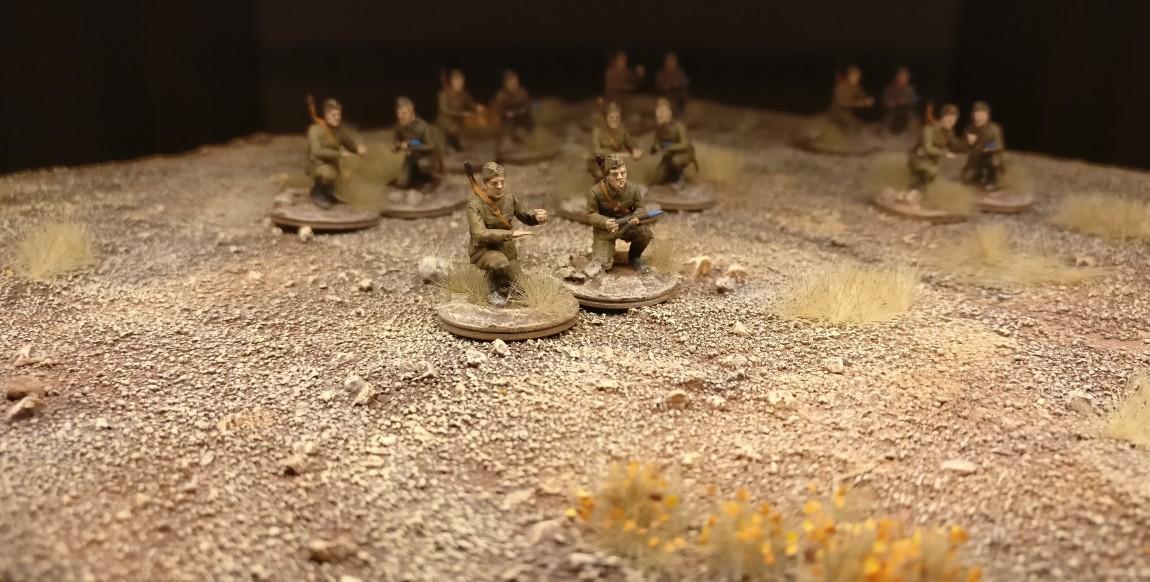 Die Zvezda 6145 Soviet 76mm Gun and Crew haben fertig; jedenfalls die Bediener schon mal.