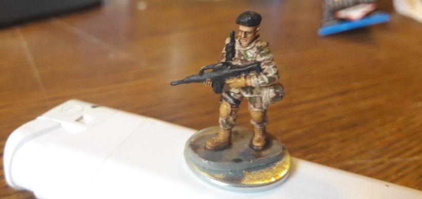 Bundeswehrtruppen in Afghanistan sind auch ein Thema bei Dominic. Hier einer der Bundeswehrler.