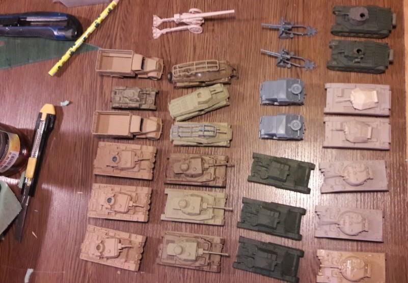Panzer für die Wüste: Dominic hat ne größere Serie aufgelegt.