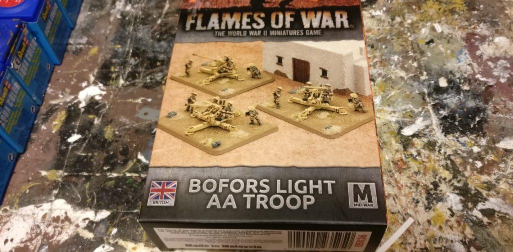 Die Packung der Bofors 40mm Flak von Flames of War.