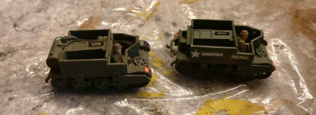Hier die beiden Bren Carrier im unbehandelten Originalzustand. Noch sehen sie very british aus.