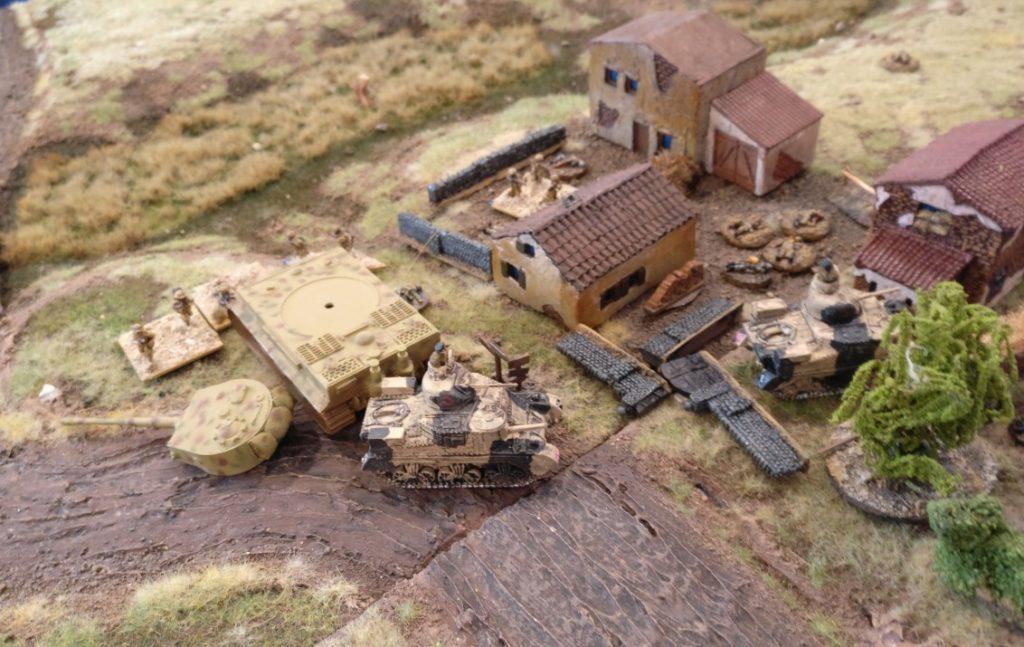 Der Sieg: Einer der M3 Grant hat das zweite Feld des Klosters erstürmt und kann nicht mehr geworfen werden.