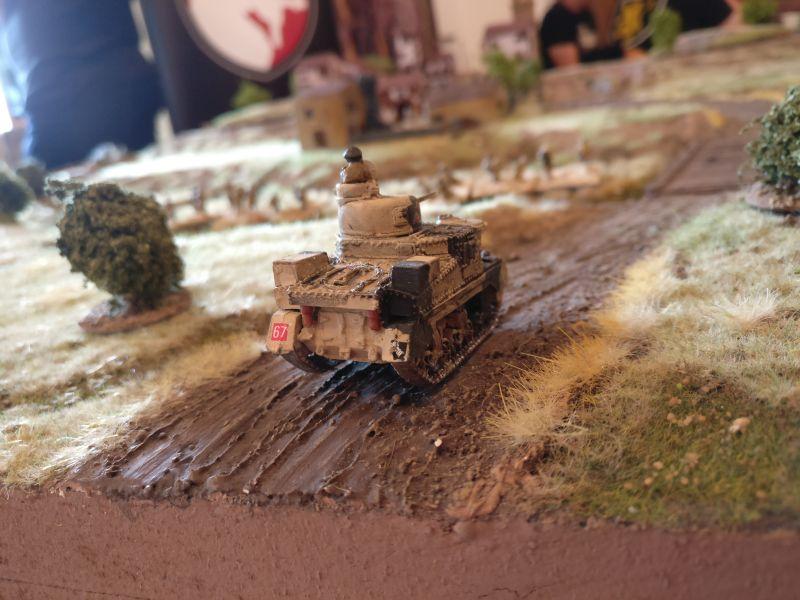 Der erste -und einzige - indische M3 Grant taucht auf der Spielfläche auf.