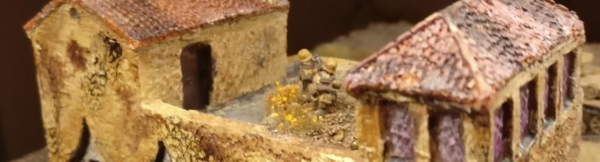 Das leichte Maschinengewehr ist bereits auf dem Dach in Stellung gegangen.