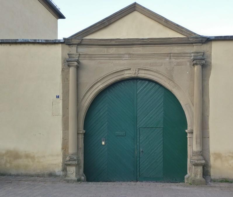 Das Schloss des Fürsten im Fürstentum Bretzenheim, jedenfalls die Überreste. Viel mehr war es aber damals wohl auch nicht.