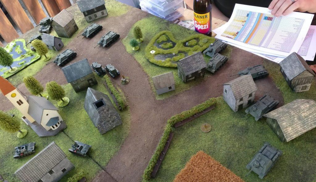 Die Rote Armee übernimmt die Führung im Gefecht. Gute Aufklärung und ein schneller und überraschender Angriff bringen den deutschen Teilzeitgeneral Rittmeister von Stürmisch in arge Bedrängnis.