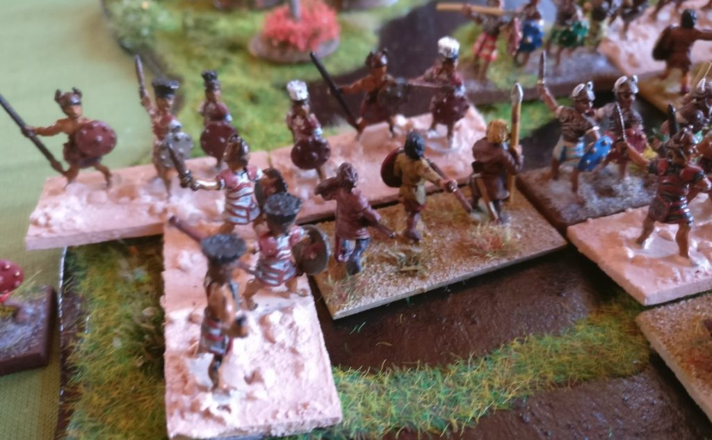 Es gab auch brenzlige Situationen für meine Barbaren. Hier wurde eine Einheit Ax(S) an der Flanke gefasst. Da hat man mal eine Sekunde nicht aufgepasst...