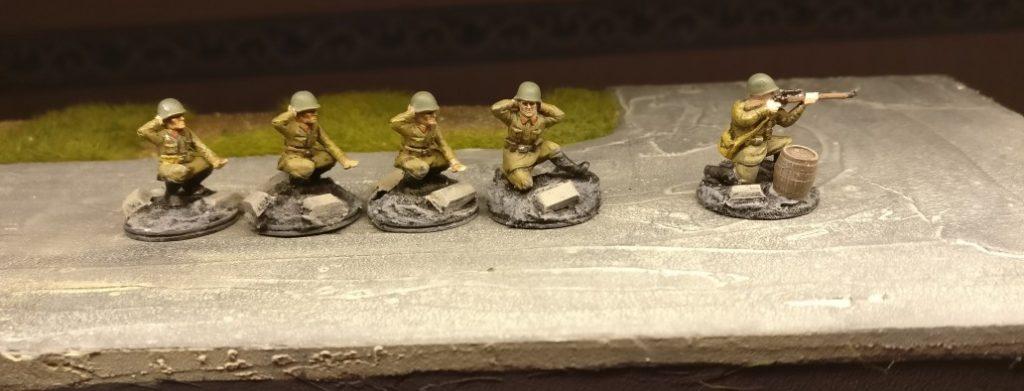 Ein Sniper und vier Bediener für das 77. Schützenregiment.