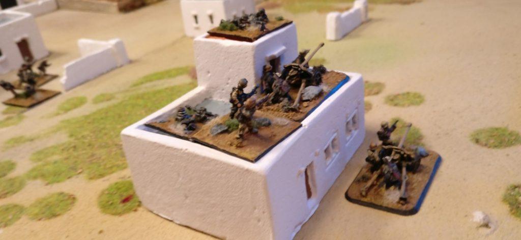 Die Truppen des Afrikakorps haben Stellung bezogen. WCT hat hier gleich zwei Paks in Stellung gehen lassen.