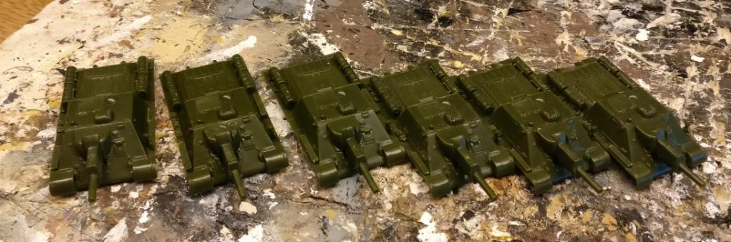 Hier die sechs Aufbauten der Pegasus SU-122.