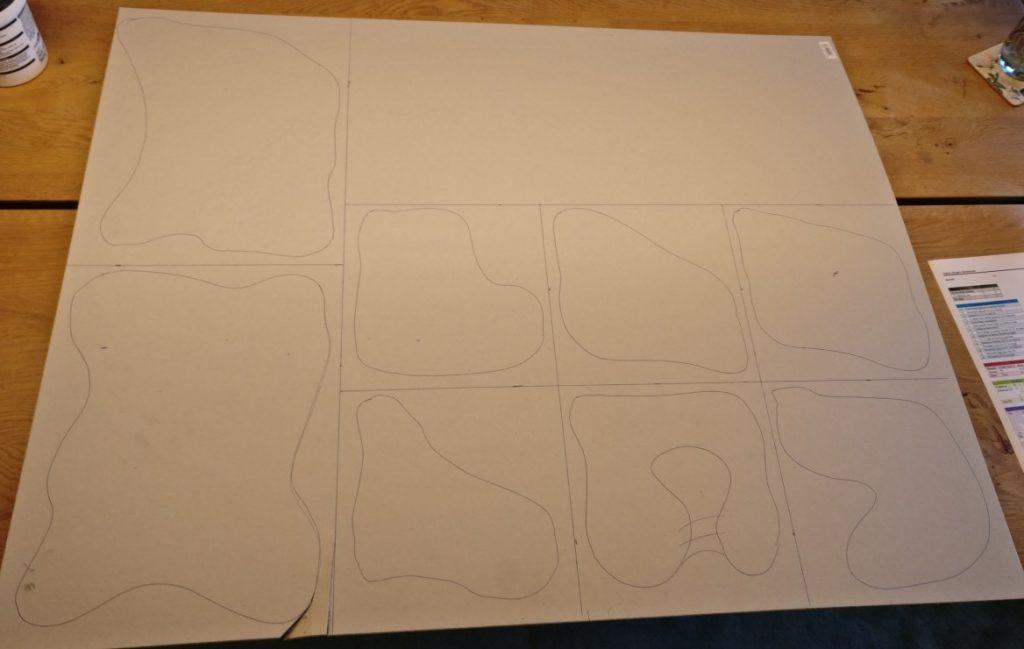 Hier sind die Konturen und FE-Raster auf dem Graukarton aufgetragen.