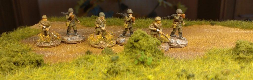 Das gleiche Bild mit einfachen Rifles als Ladeschütze für die LMG.