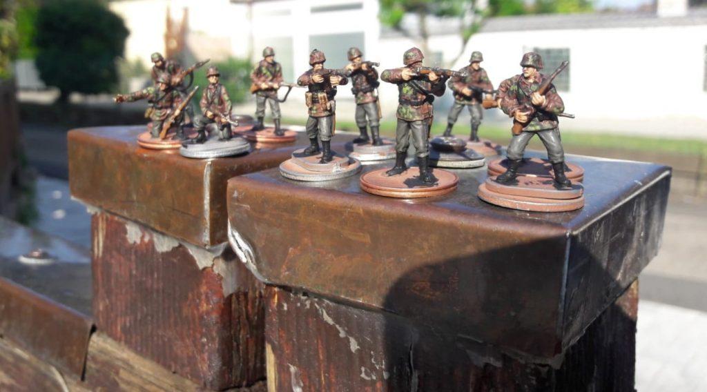 In der Sonne macht dich so ein Trupp Panzergrenadiere der 2. Panzerdivision am Besten.