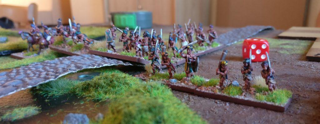 Rahgouls Mountain Indians auf dem Weg durch den Sumpf.