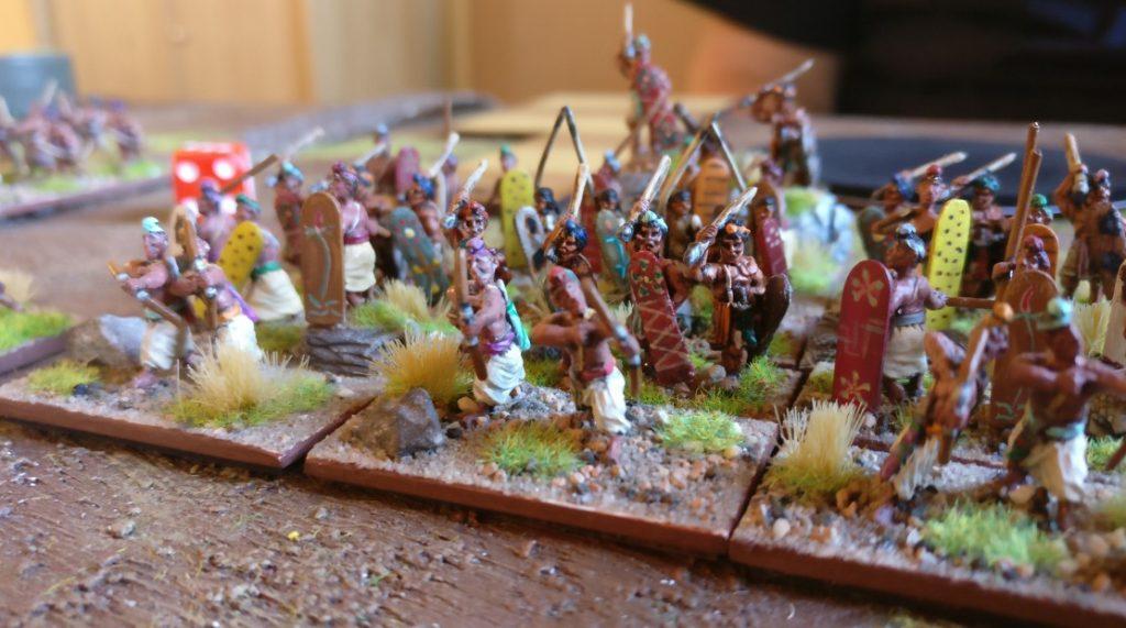Im Zentrum marschierte Rahgoul mit seinen Mountain Indian nach Vorne.