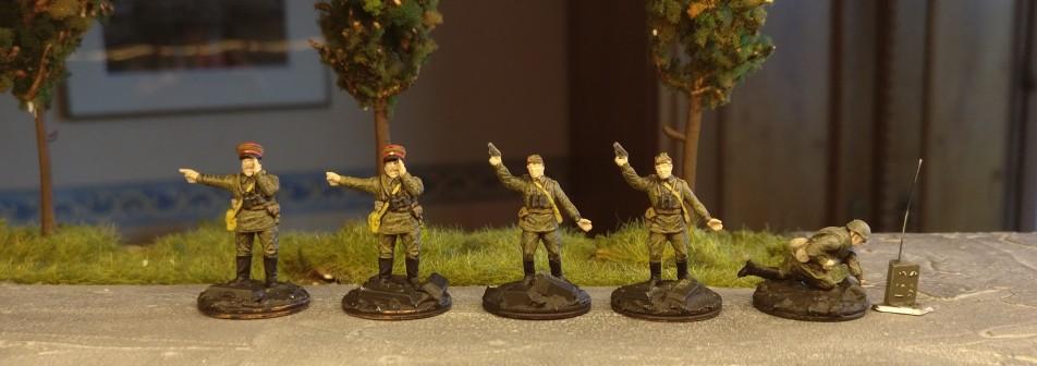 Die Offiziere der 10. NKWD Division erwachen zum Leben...
