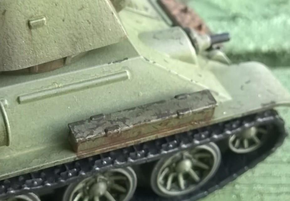 Das eine oder andere Detail hat er auch rund um das Eisentaxi angebracht.
