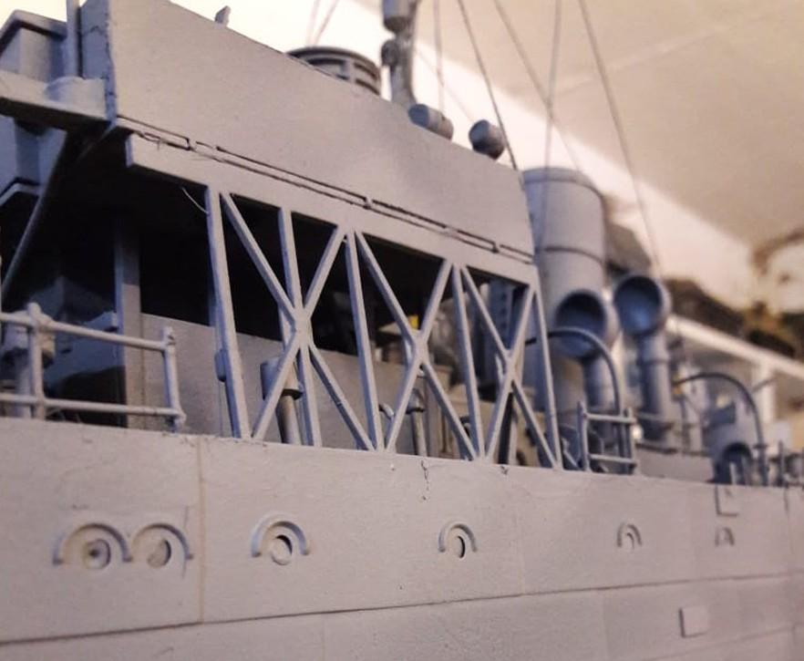 Vor meinem geistigen Auge sehe ich die hohen Wellen des Atlantik gegen die Bordwand des Schiffs schlagen.