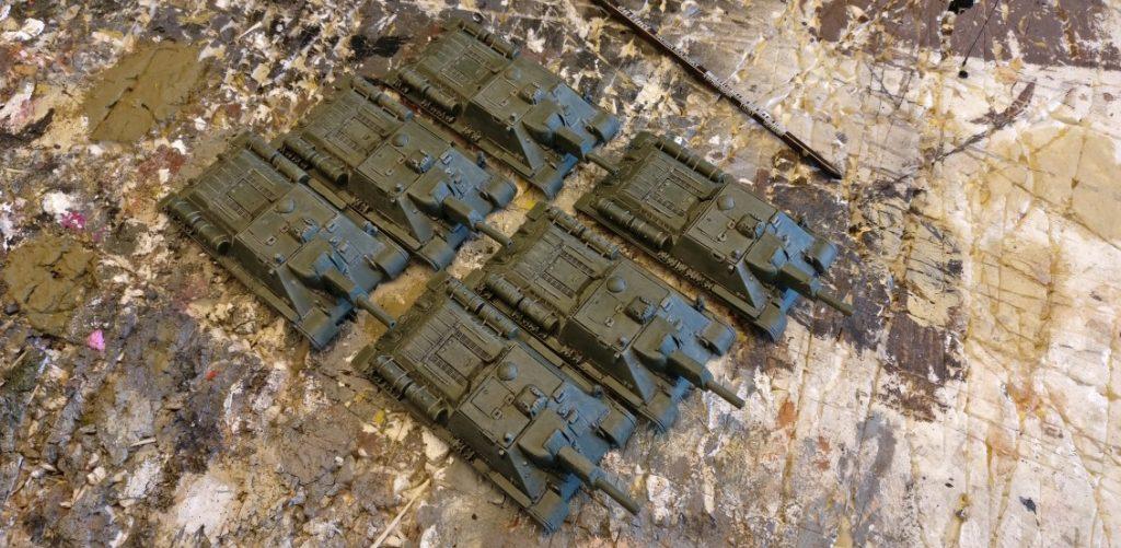 Lovely povely: Die SU-122 nähern sich der Auslieferung an die Truppe.